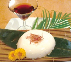 手作りのざ る奴。おいしい豆腐に出会 えないマレーシアだから、 セニョ~ムおすすめの一品