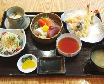 刺身と天ぷらセット(RM48 ++)鮮度がよく、身がプリプリ