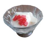 軽い口当たりの自家製杏仁豆腐は食後でもペロリ!(RM8)。