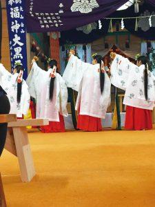 82EN-Shirakawa-大山白山神社_春の大祭