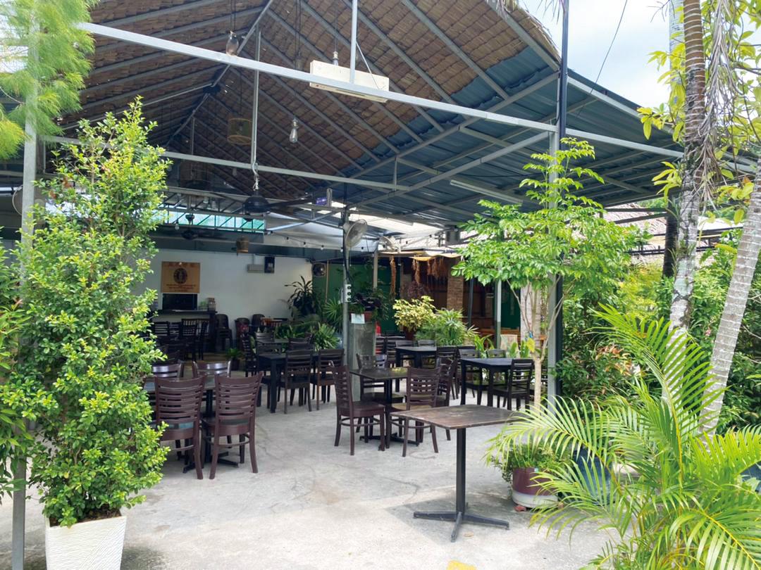 Big Ben Breakfast & Western Café